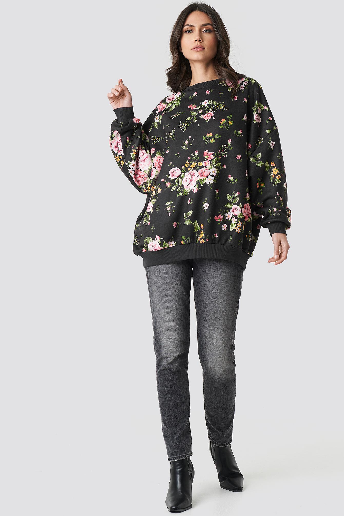 Dark Floral Batwing Sweater NA-KD.COM