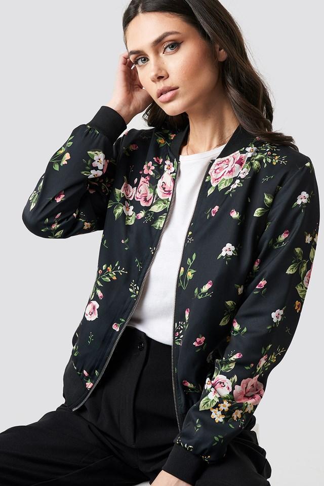 Dark Floral Bomber Jacket NA-KD.COM