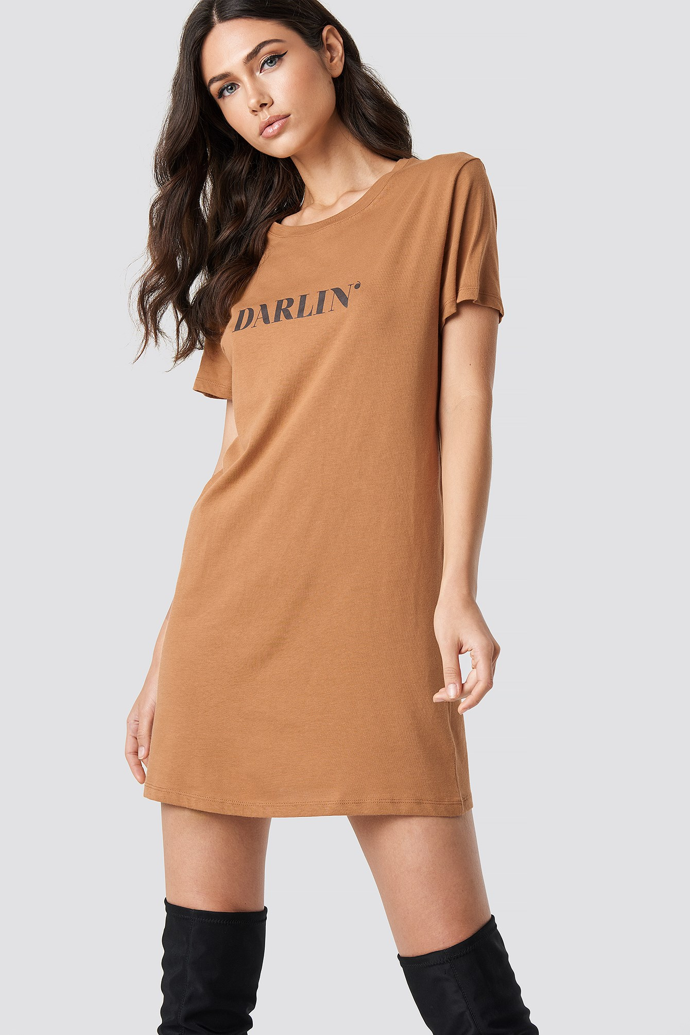 Darlin' T-shirt Dress NA-KD.COM