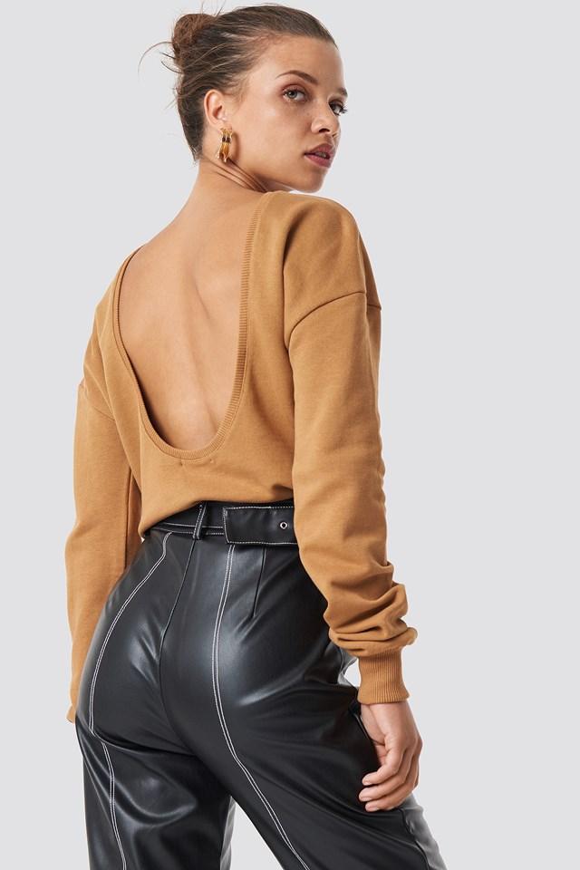 Deep Back Sweater Tan