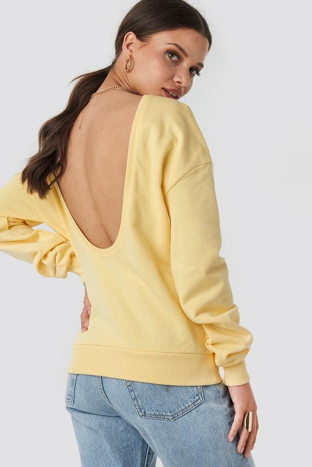 Sweter z głębokim dekoltem z tyłu Light Yellow