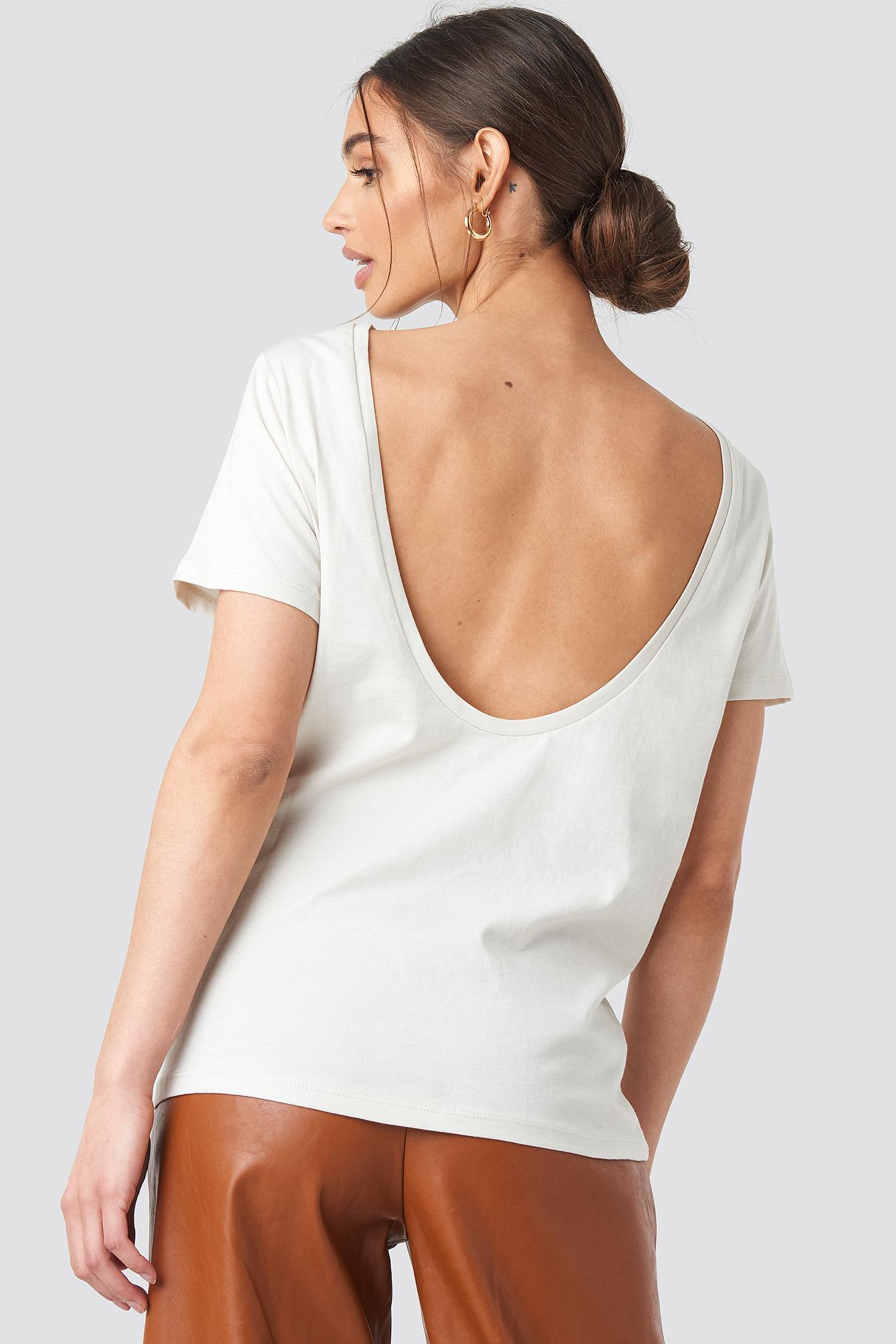 T-shirt z odkrytymi plecami NA-KD.COM
