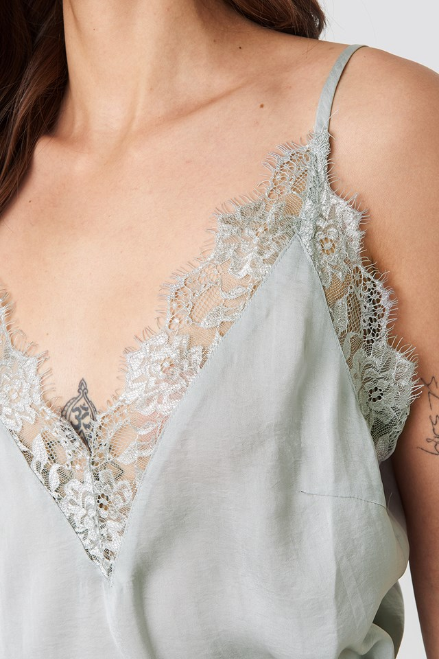 Deep Front Lace Singlet Grey