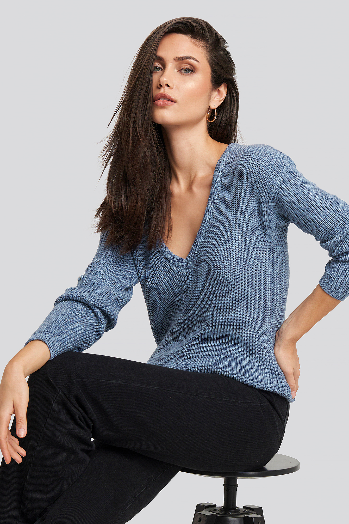 Deep Front V Neck Knitted Sweater Blå by Na Kd