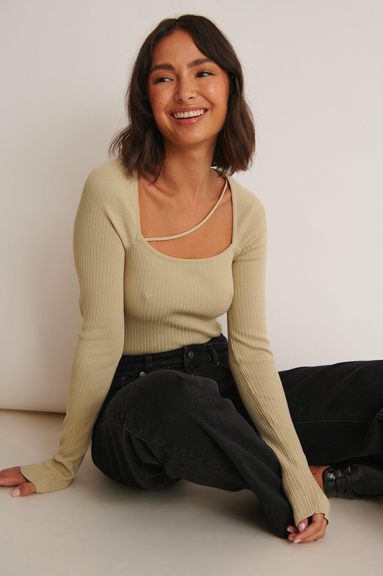 Sofia Coelho x NA-KD Långärmad Topp Med V-Ringning - Green