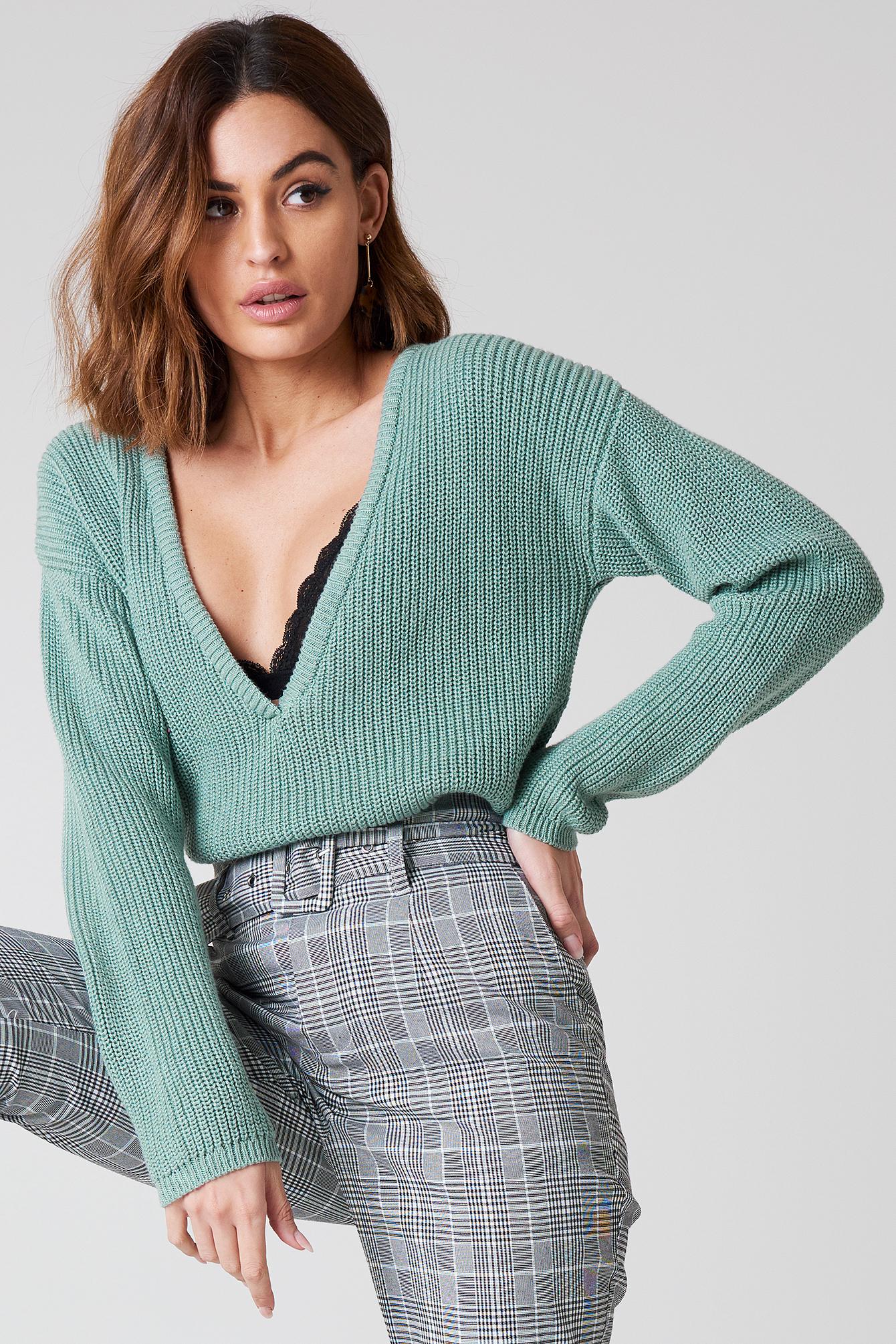 e724823b3cf Deep V-neck Sweater Duck Green