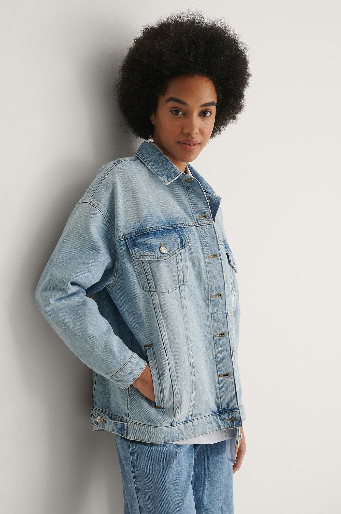 Light Blue Ekologisk Oversize Denimjacka