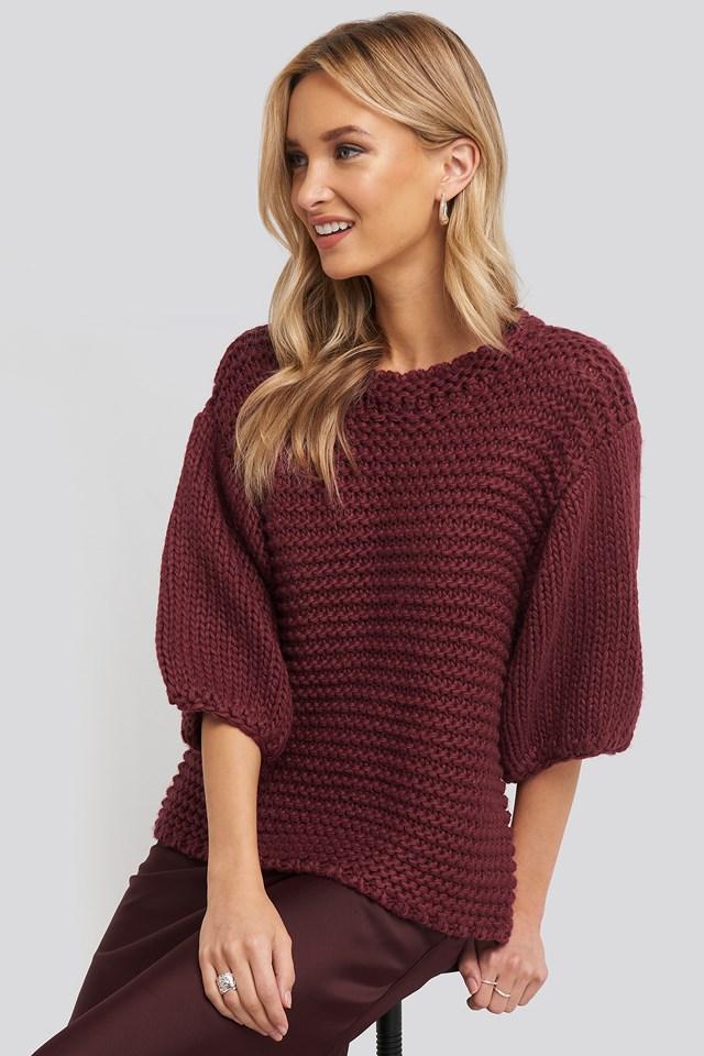 Detail Neck Short Sleeve Sweater Burgundy