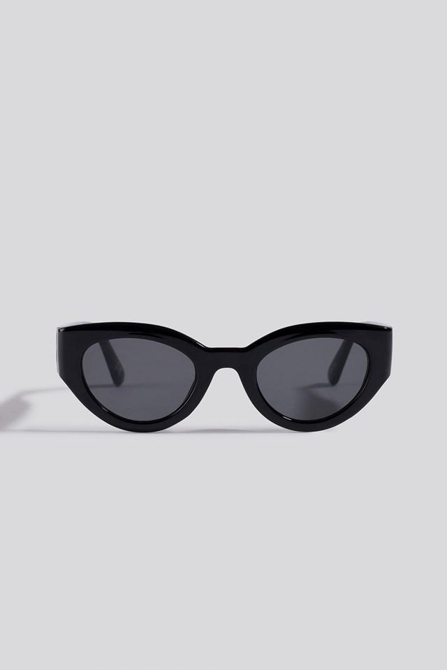 Detailed Temple Cateye Sunglasses Black