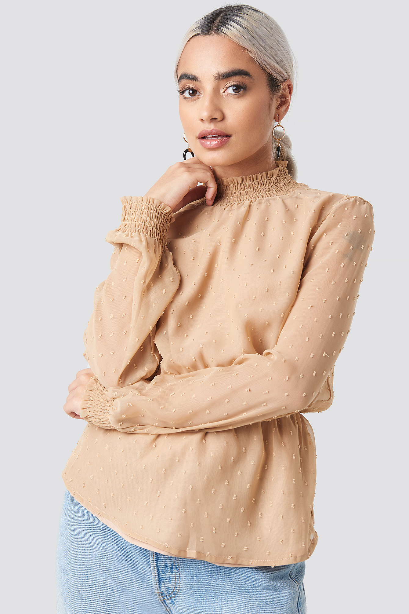 Dobby High Neck Blouse NA-KD.COM