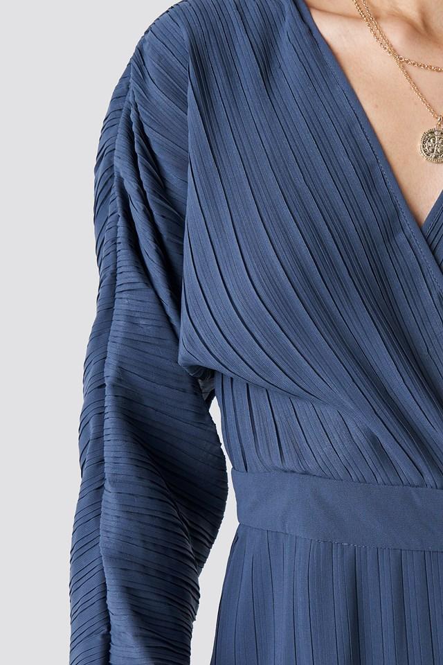 Dolman Sleeve Pleated Dress NA-KD.COM