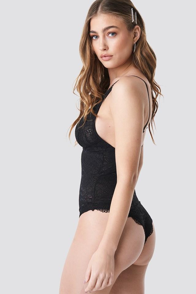 Lace V Shape Body Black