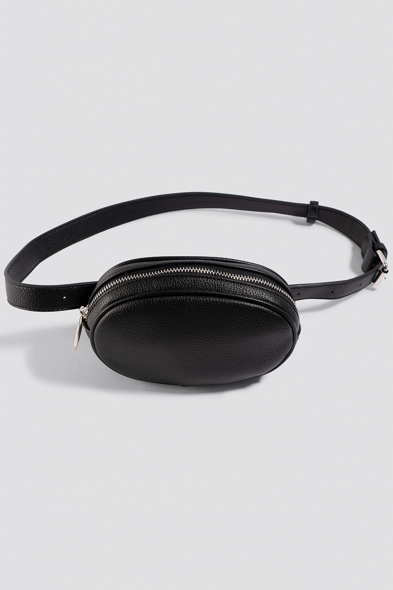 Oval Faux Leather Fanny Pack NA-KD.COM