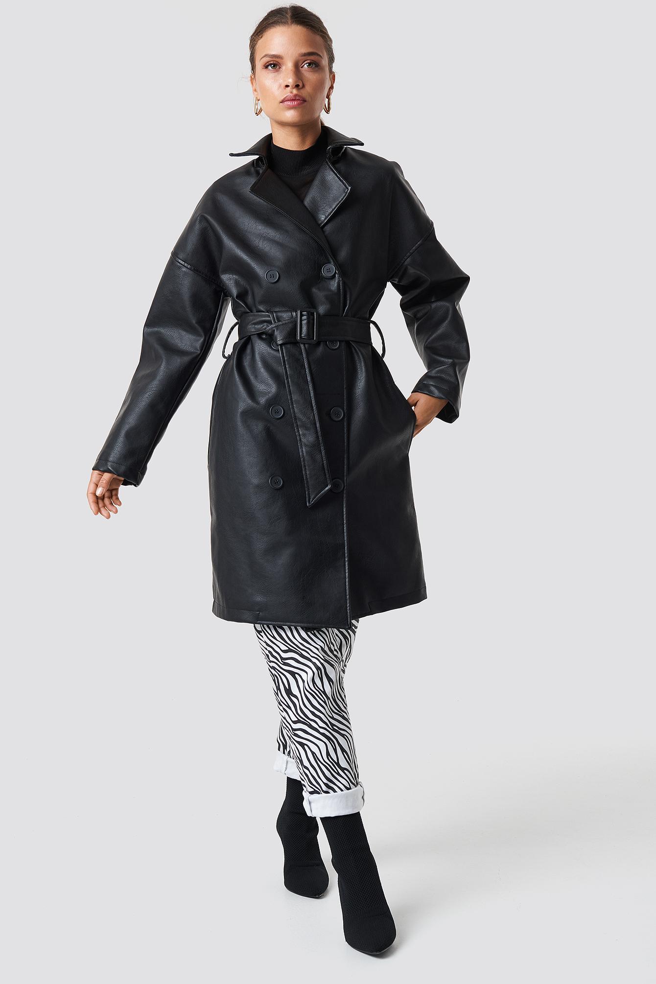 Dwurzędowy płaszcz PU NA-KD.COM