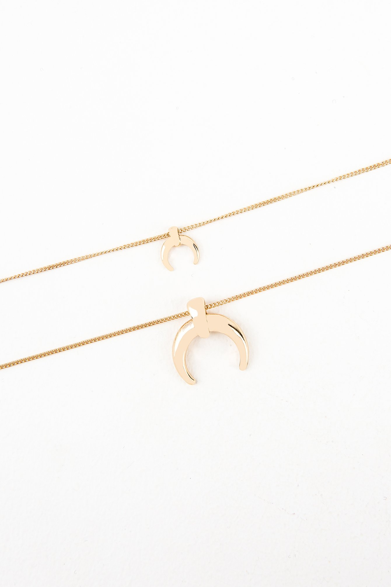 Double Crescent Pendant Necklace NA-KD.COM