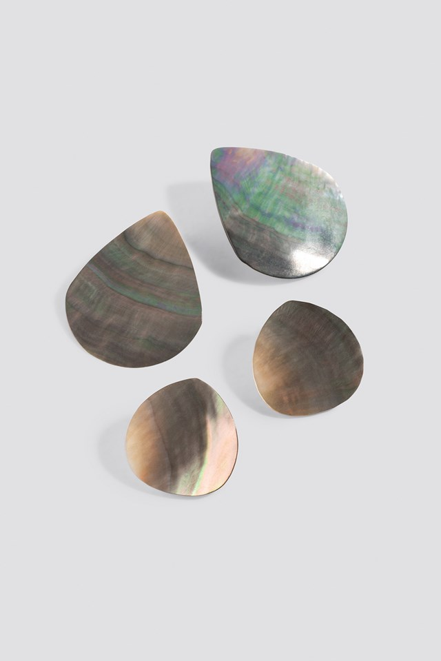 Double Pack Shell Plate Earrings Natural