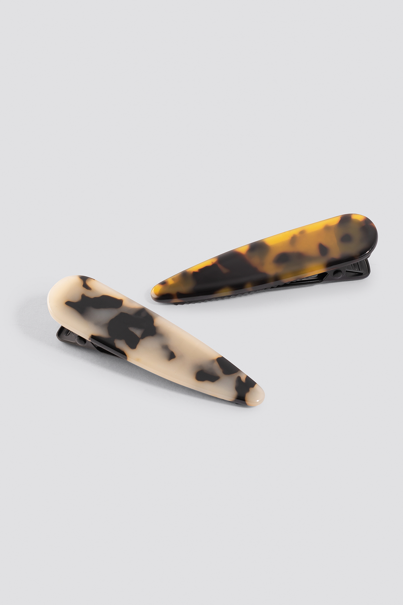 Double Pack Tortoise Hair Clips NA-KD.COM