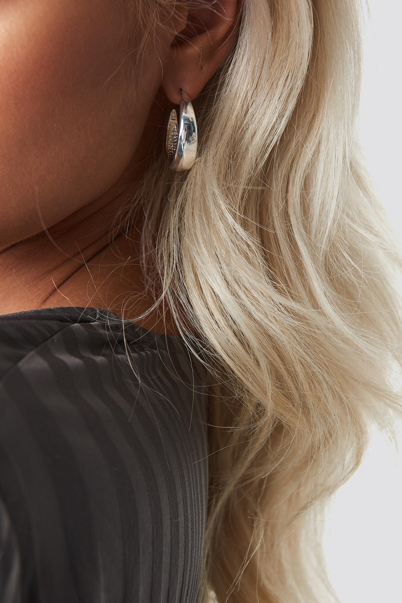 Double Pack Wide Hoop Earrings NA-KD.COM