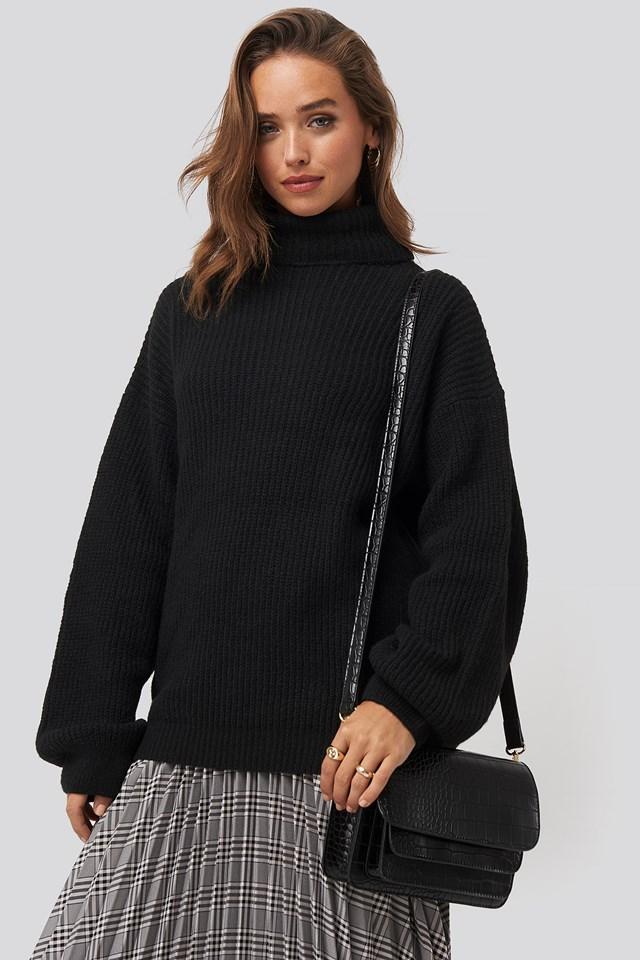 Double Pocket Crossbody Bag Black