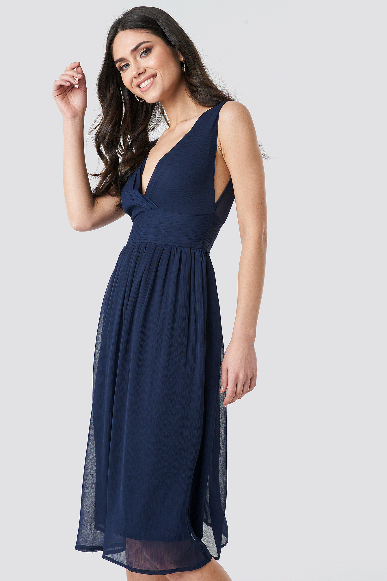 Draped Waist V-Neck Chiffon Dress NA-KD.COM