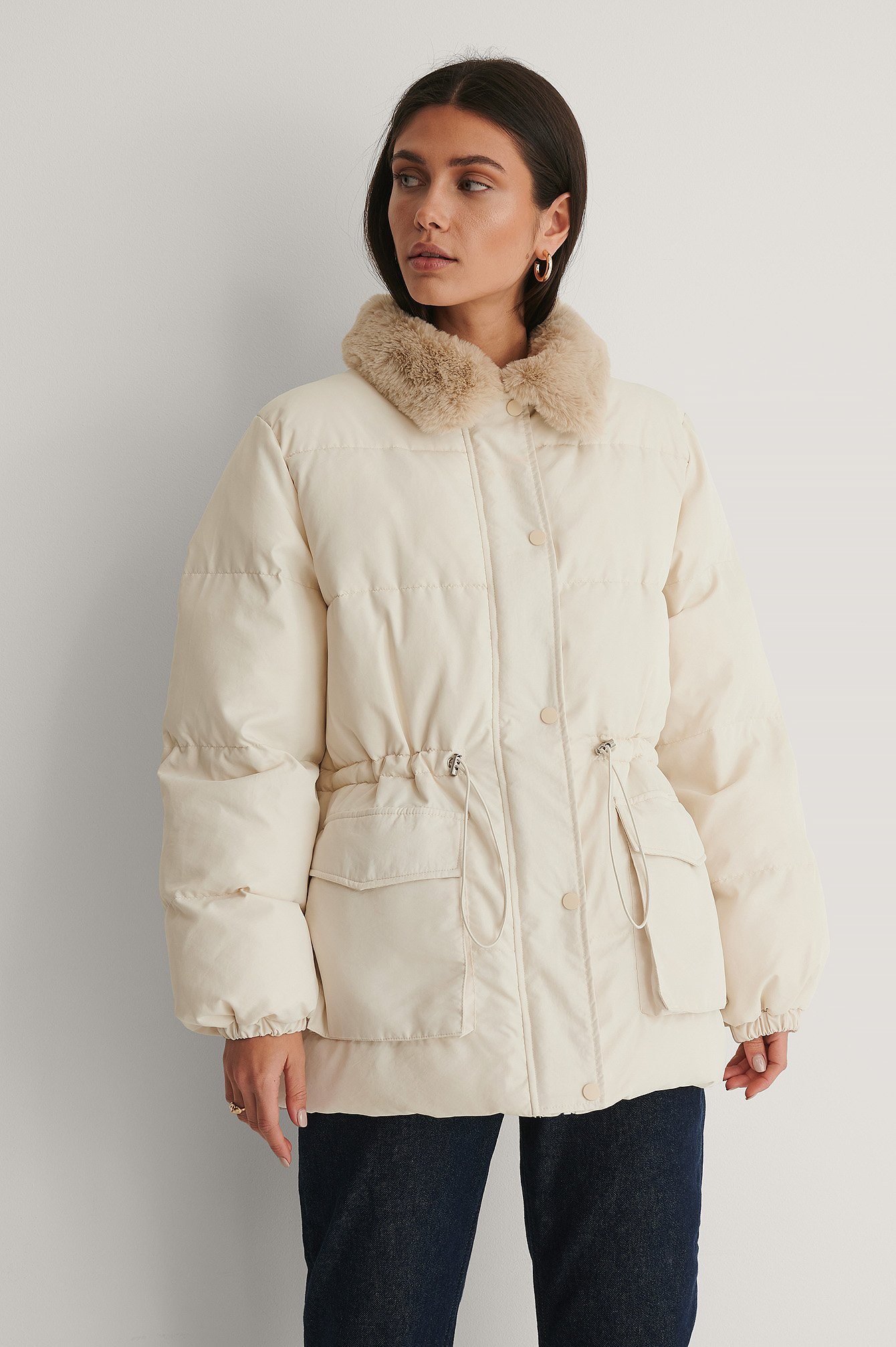 Cream Faux Fur Jakke