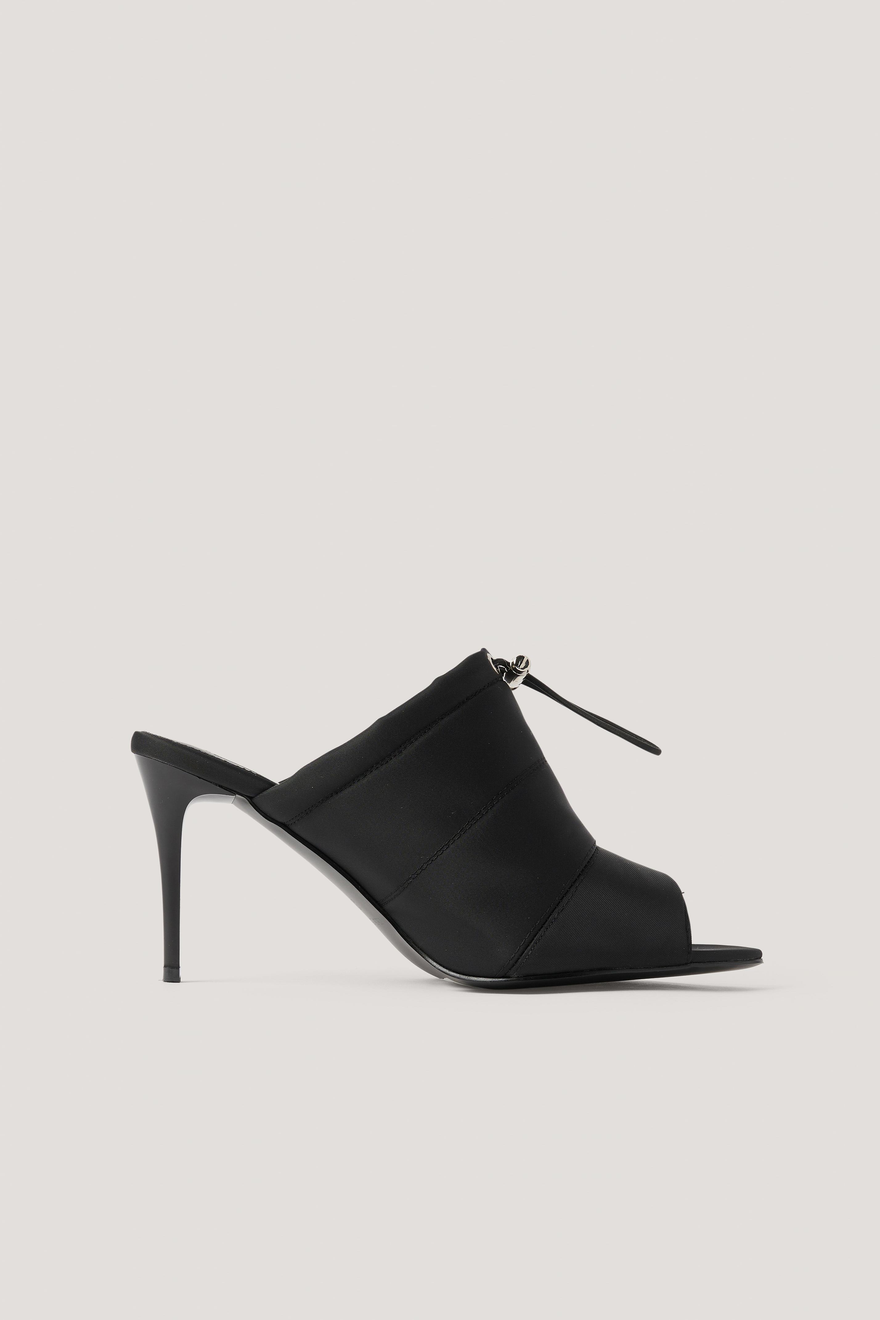 NA-KD Shoes Spetsiga Högklackade Skor Med Öppen Tå Och Dragsko - Black