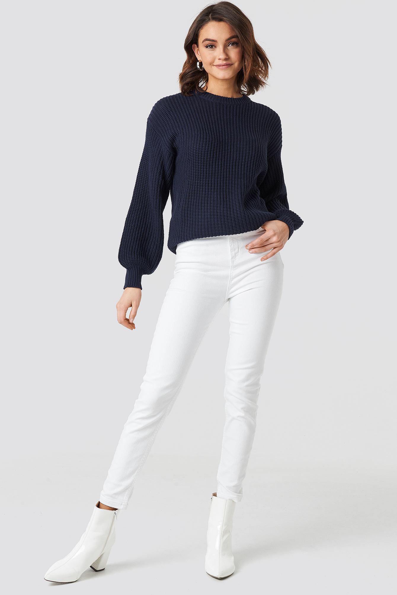 Dzianinowy sweter z obniżonymi ramionami NA-KD.COM