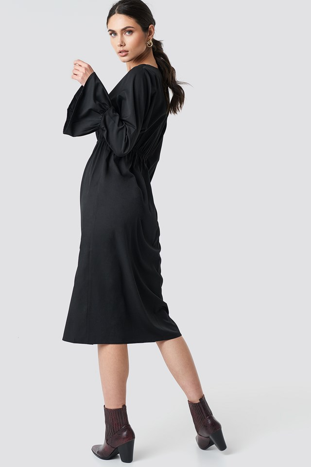 Elastic Waist Flute Sleeve Dress Black