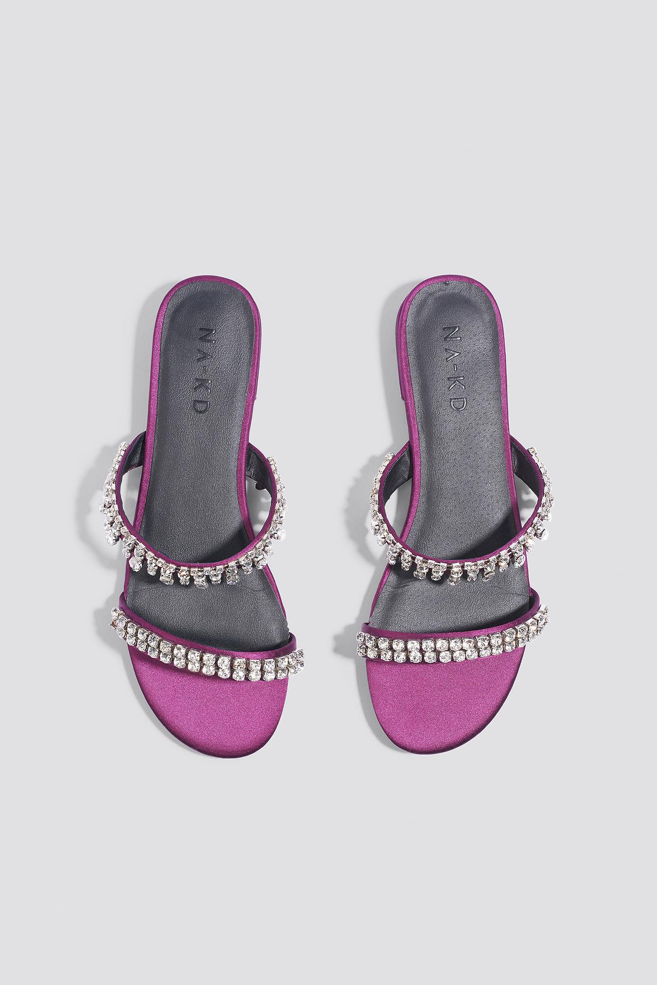 Sandały ze zdobieniami NA-KD.COM