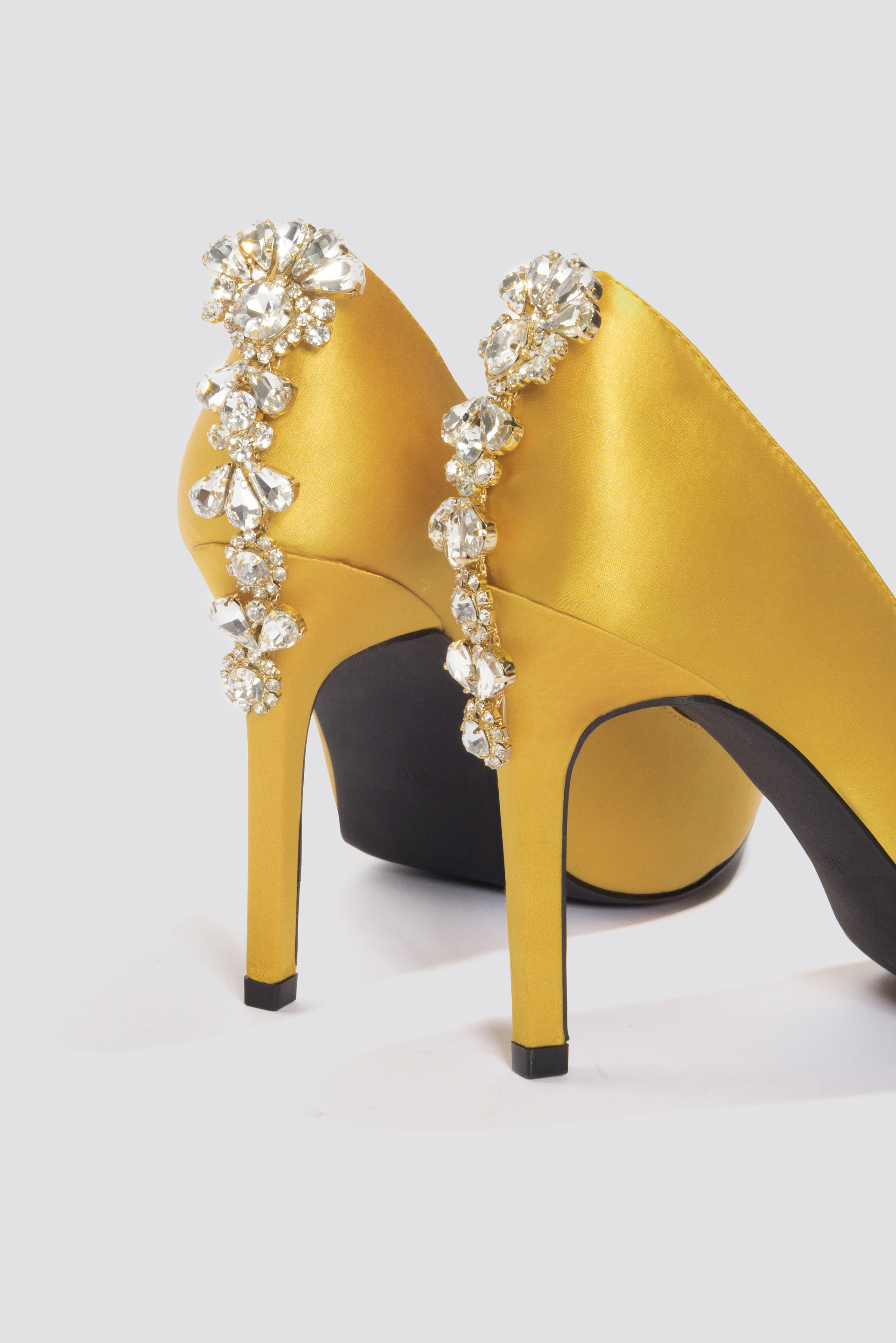 Embellished Heel Satin Pumps NA-KD.COM