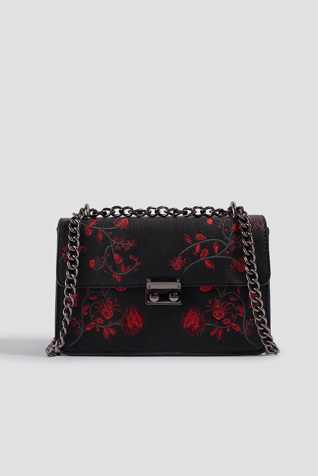 Embroidered Chain Bag Black