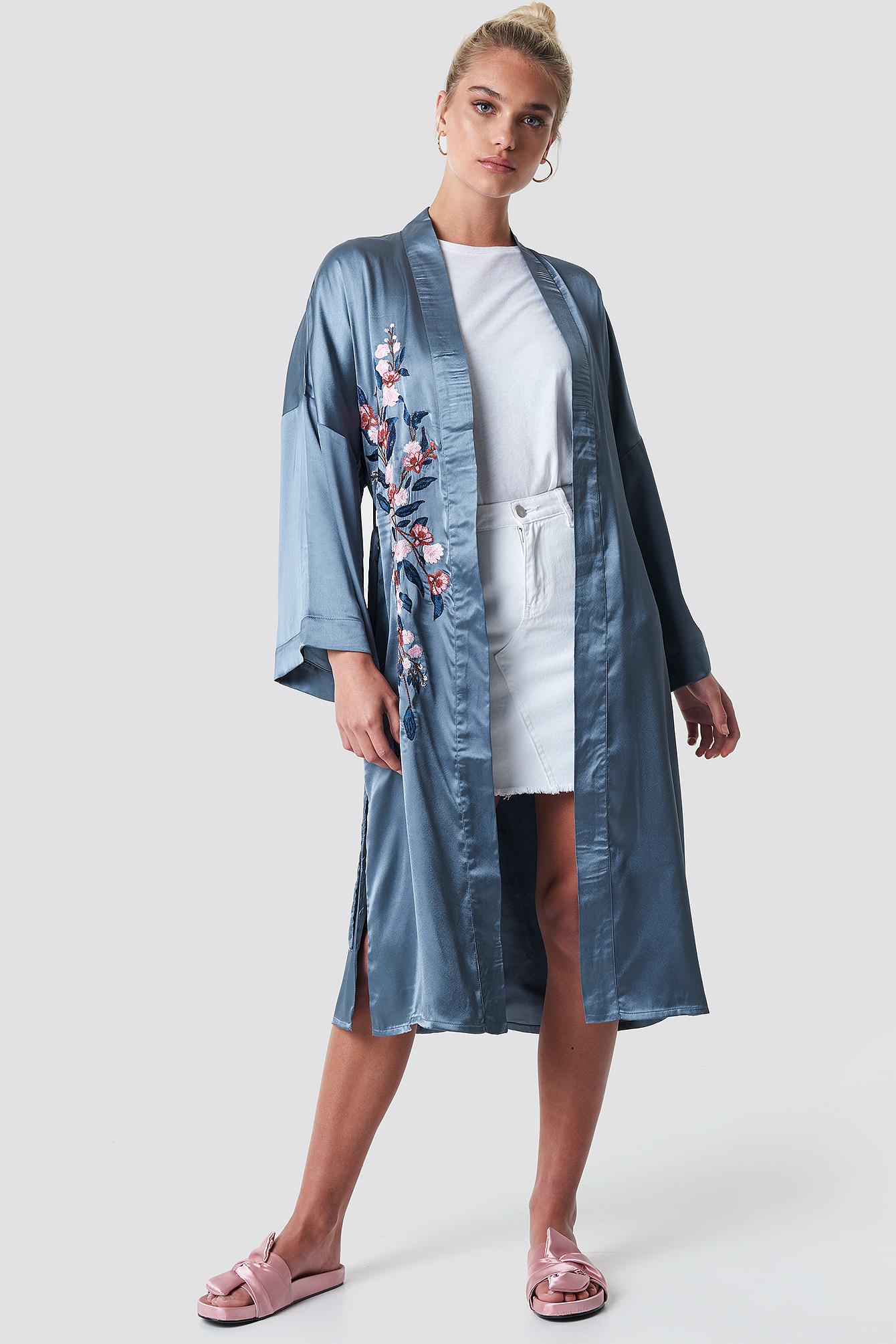 Embroidery Satin Kimono NA-KD.COM