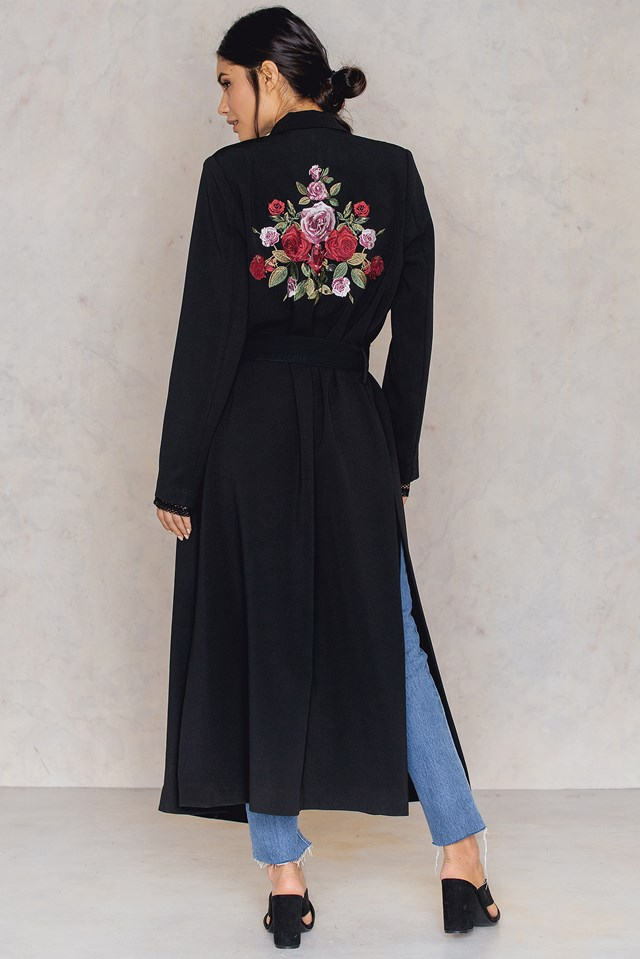 Embroidery Side Slit Trench Coat Black