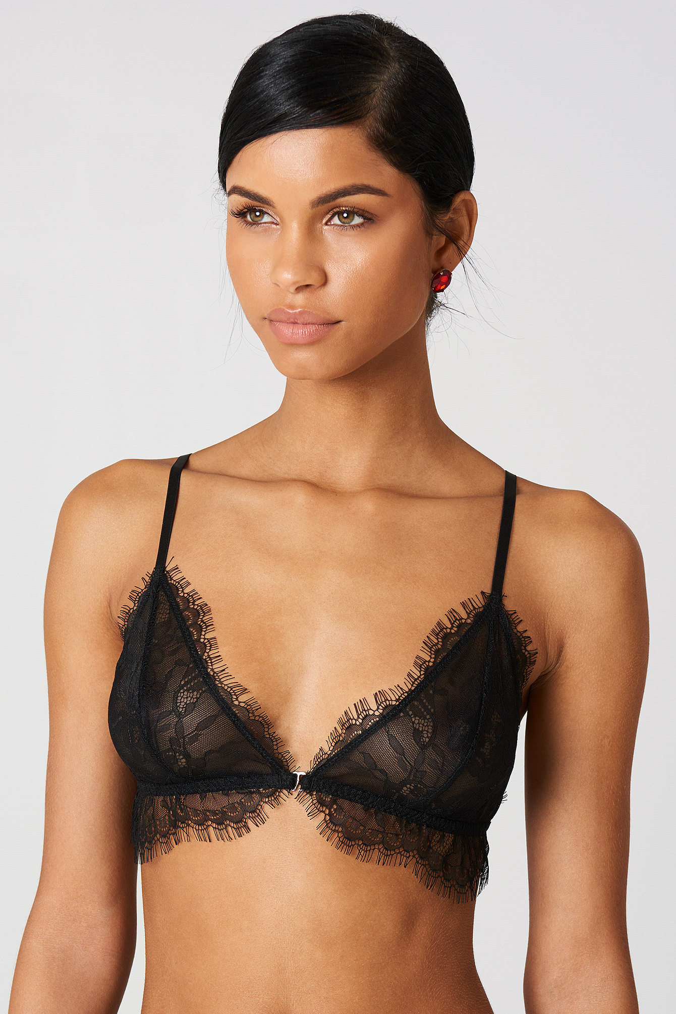 Eyelash Scalloped Lace Bra NA-KD.COM