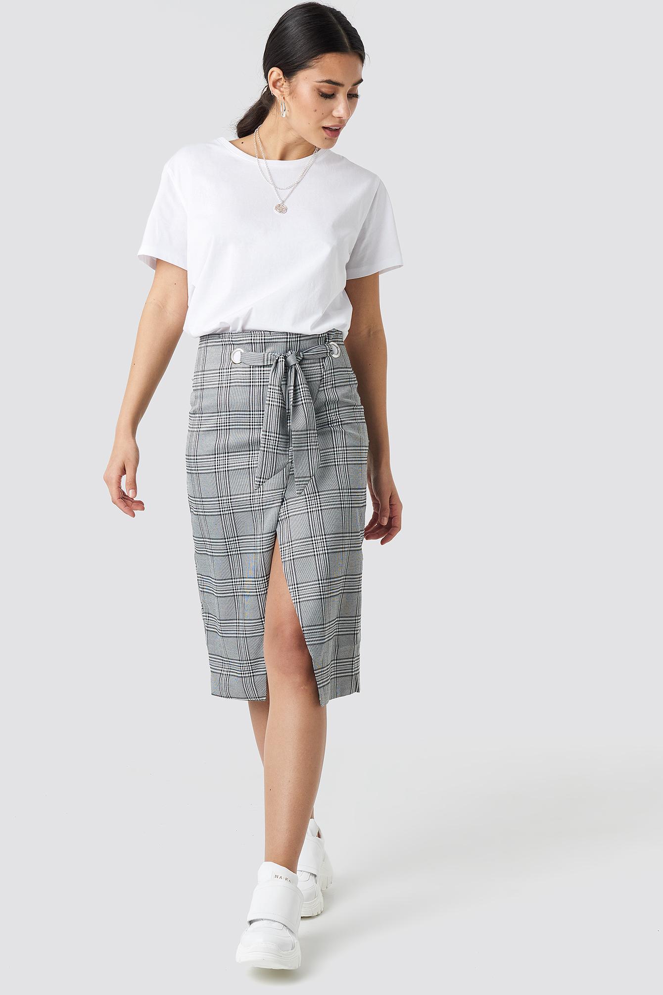 na-kd trend -  Eyelet Wrap Checkered Skirt - Grey
