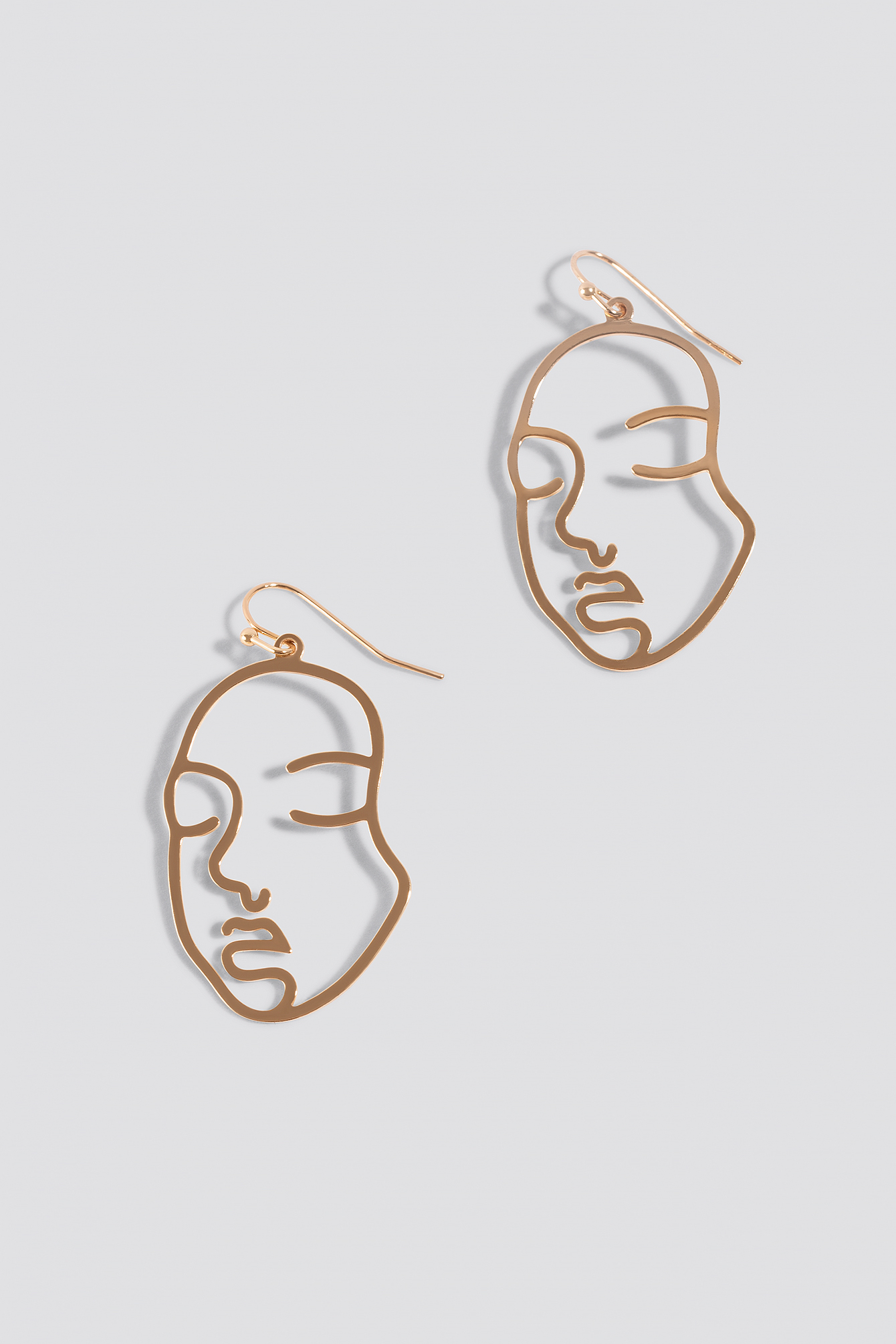 Faces Silhouette Earrings NA-KD.COM