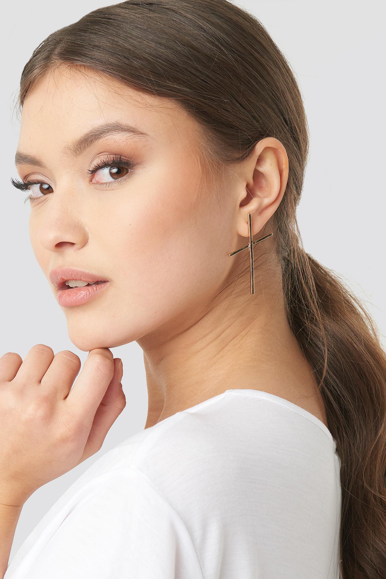 Fine Cross Earrings NA-KD.COM
