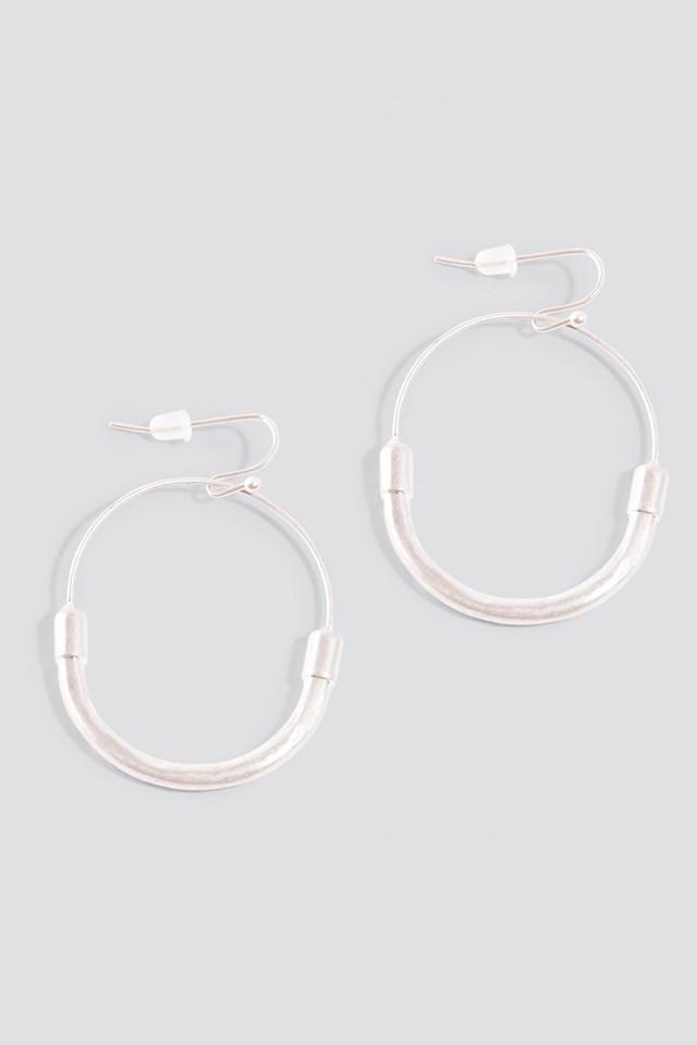 Fine Line Earrings Silver