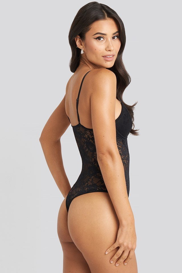 Fitted Lace Body Black