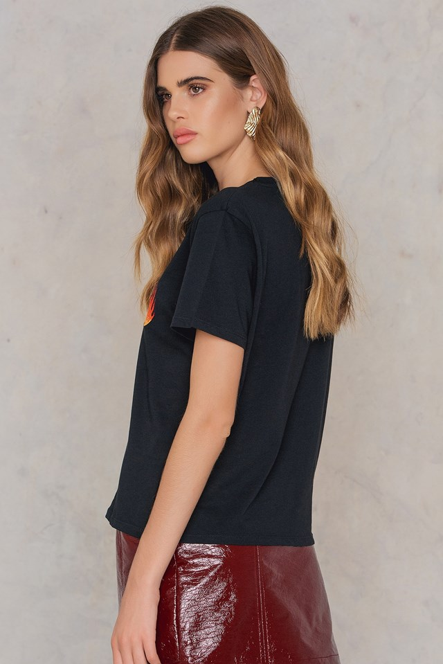 Flames Embroidery Tee Black
