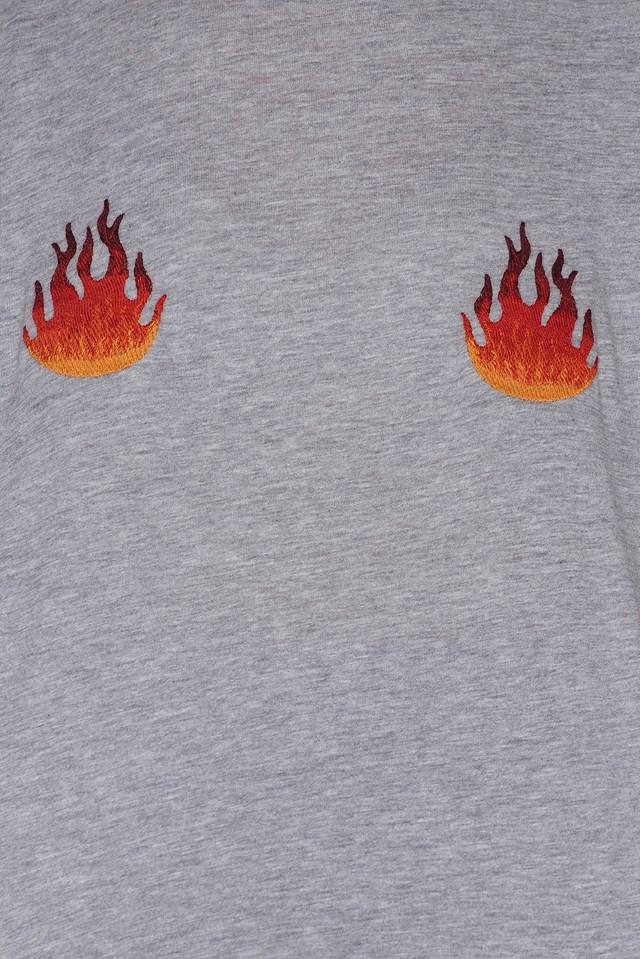 Flames Embroidery Tee NA-KD.COM