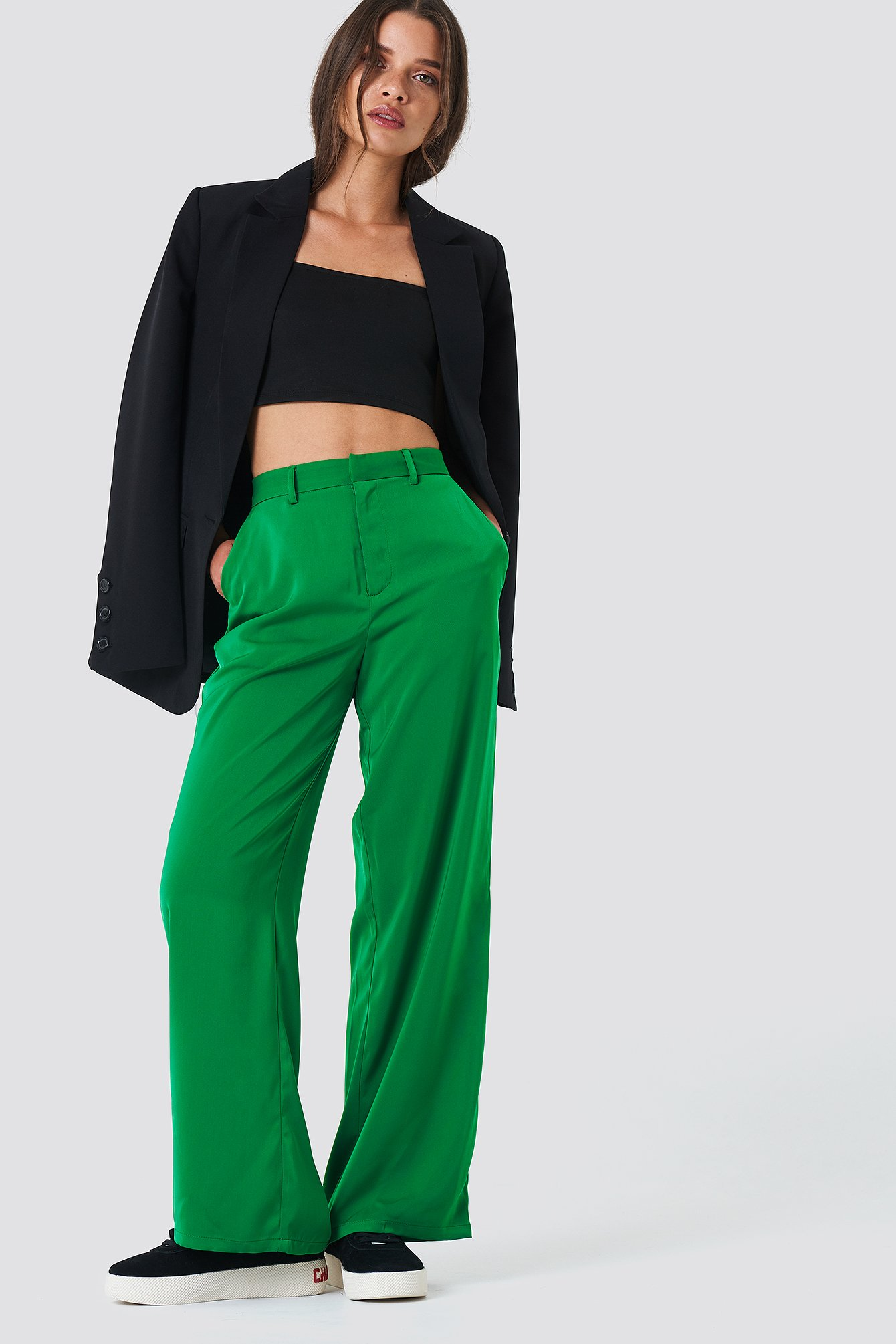 na-kd classic -  Flared Shiny Suit Pants - Green