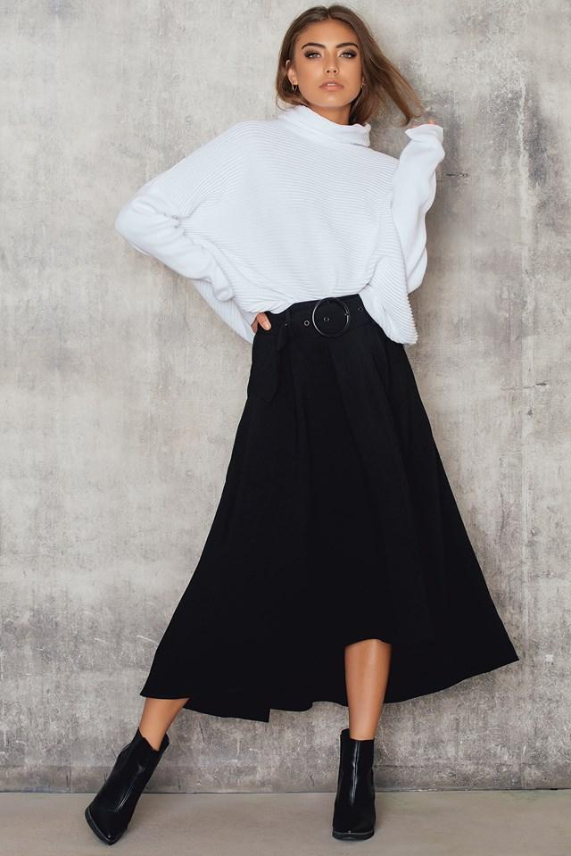 Flared Skirt With Belt Black