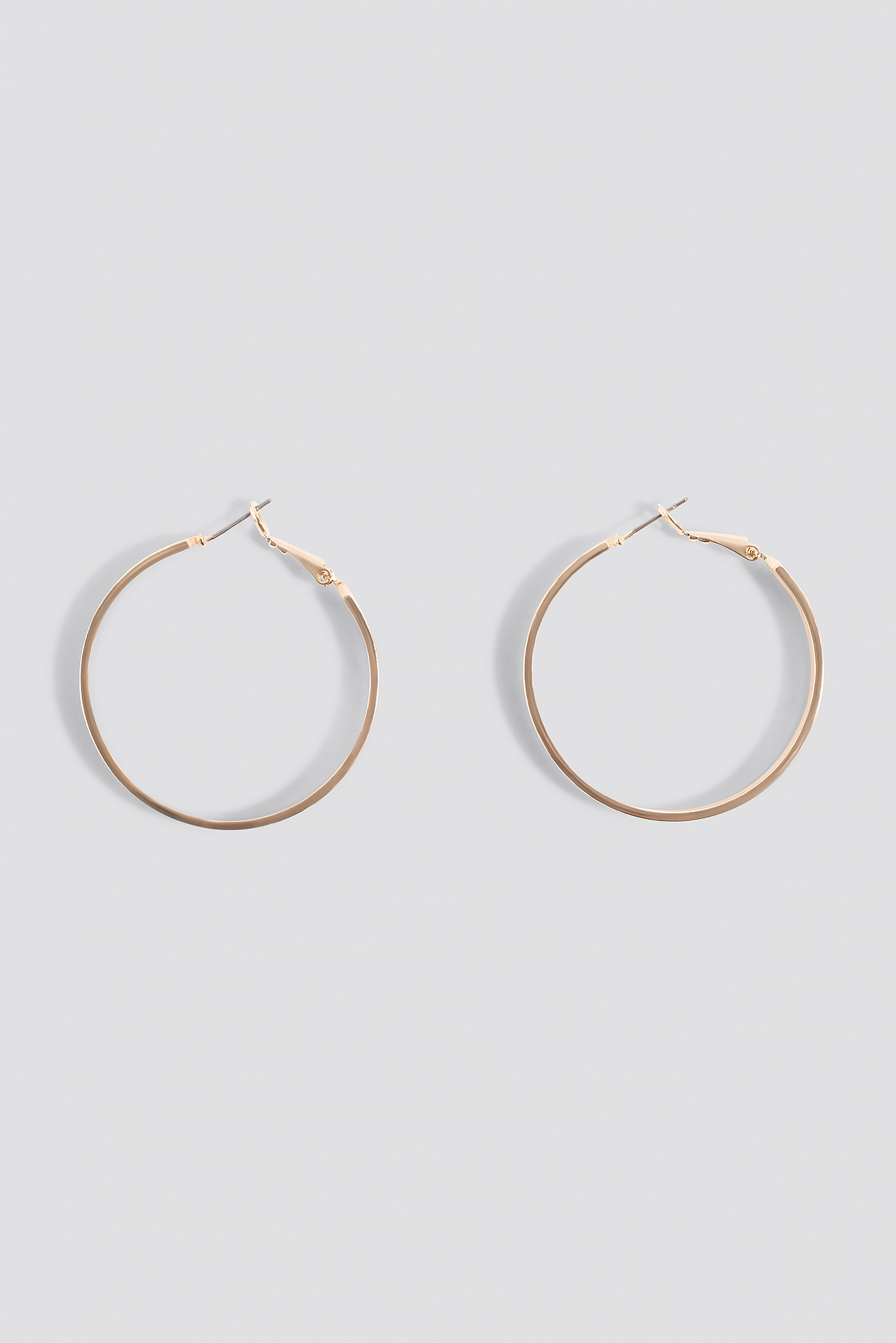 Flat Hoop Earrings NA-KD.COM