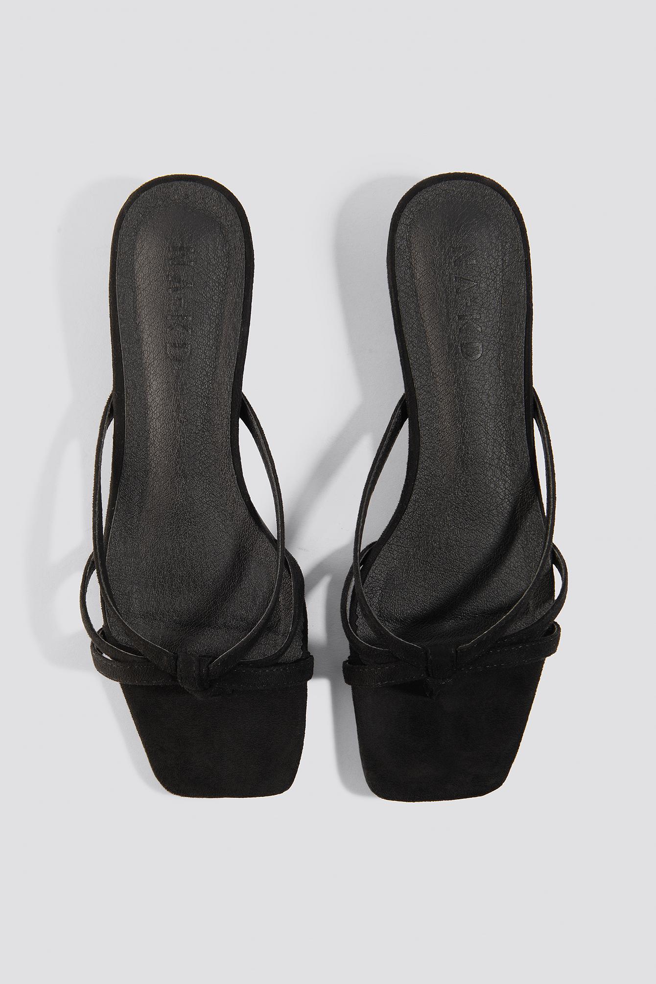 Flat Strappy Sandals NA-KD.COM