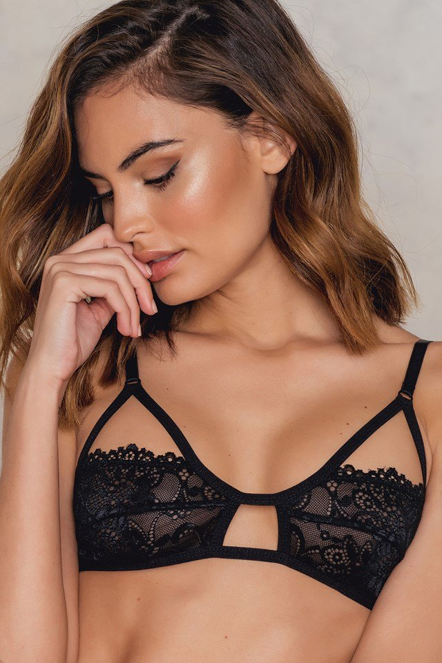 Floral Lace Cut Out Bra Black