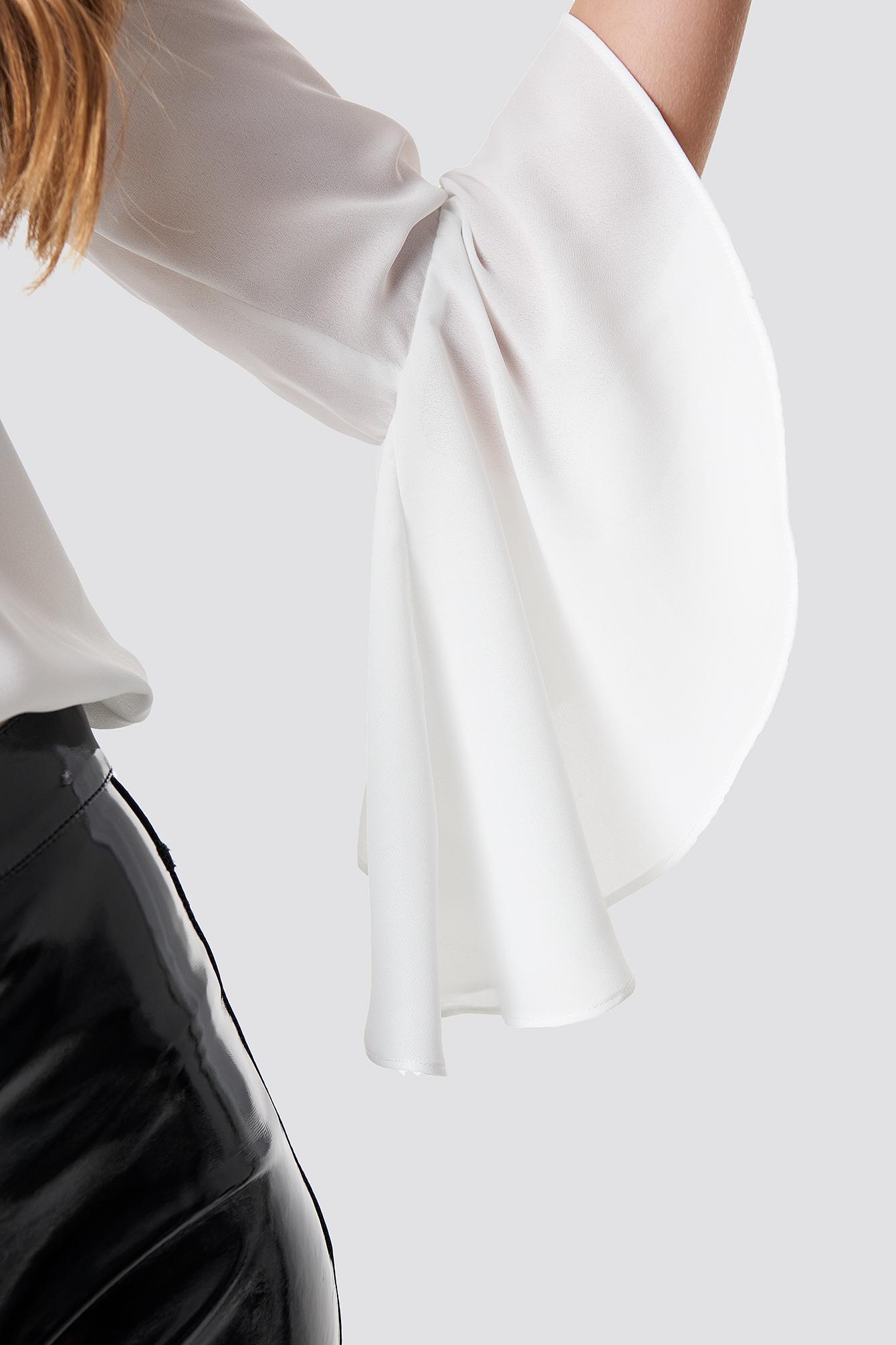 Bluzka z dekoltem V NA-KD.COM