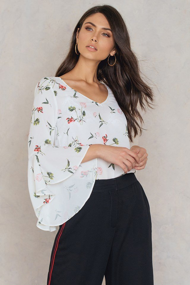 Flounced Sleeve V-Neck Blouse White/Flower print