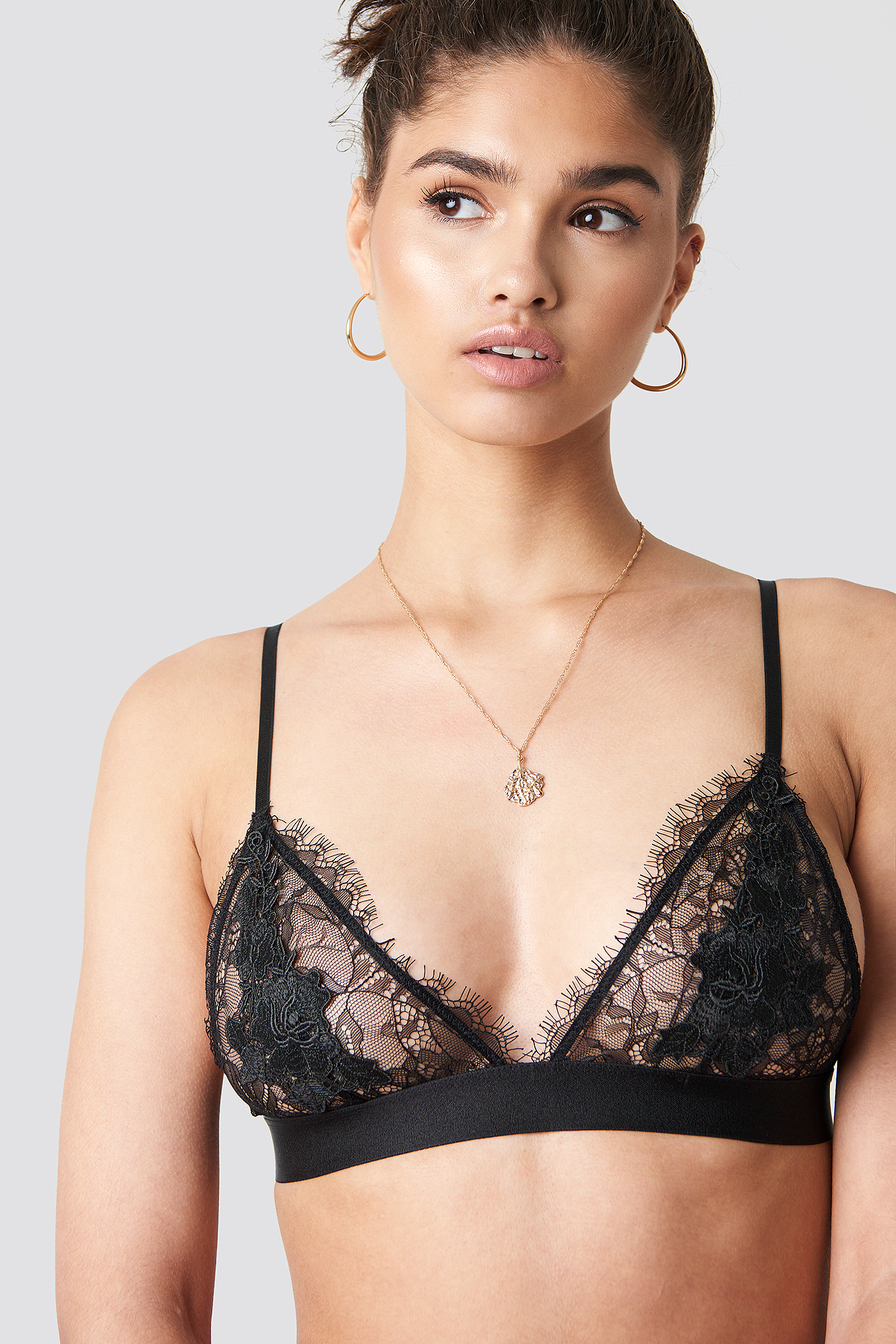 Flower Applique Lace Bra NA-KD.COM