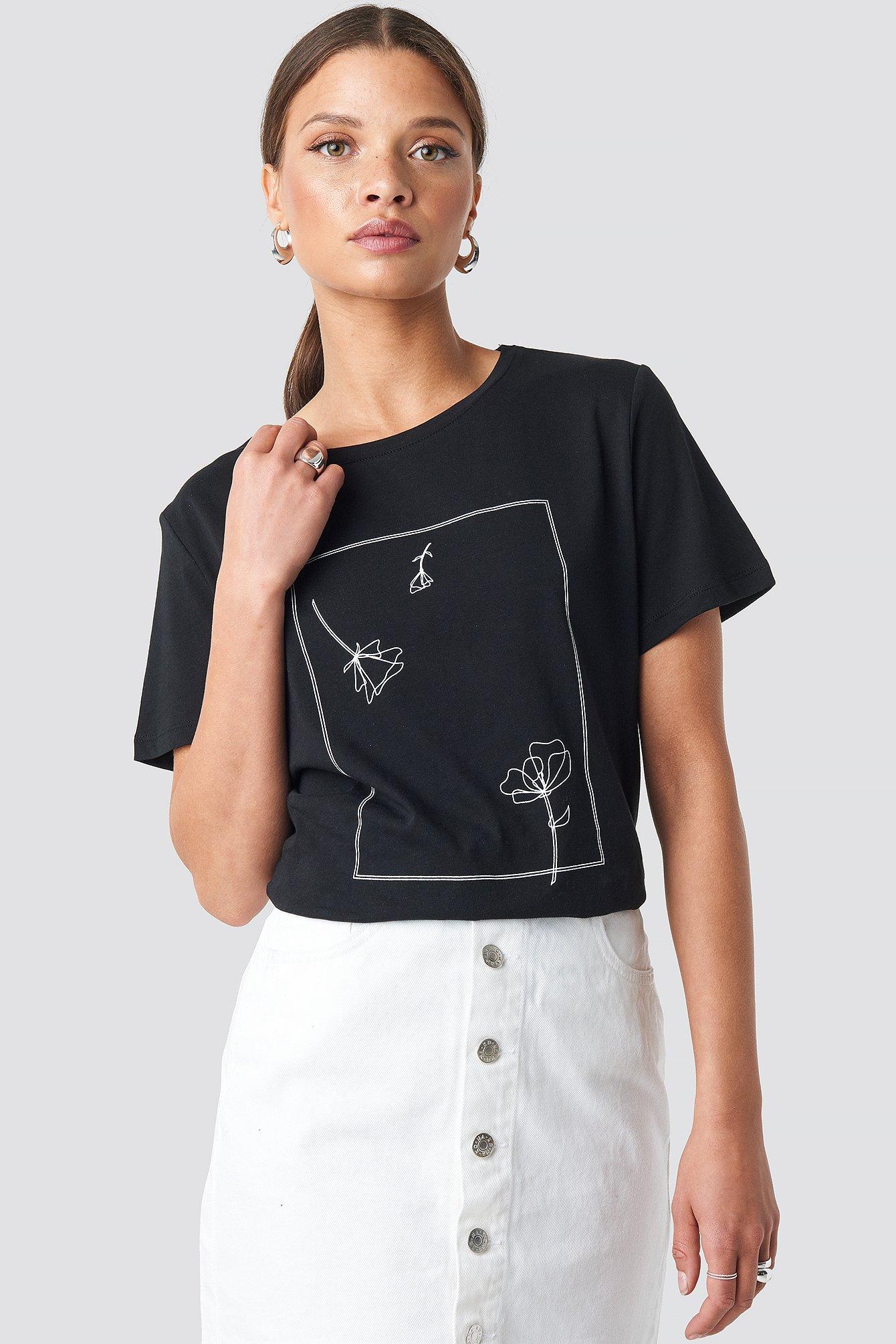na-kd -  Flower Print Tee - Black